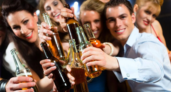 young_people_drinking1